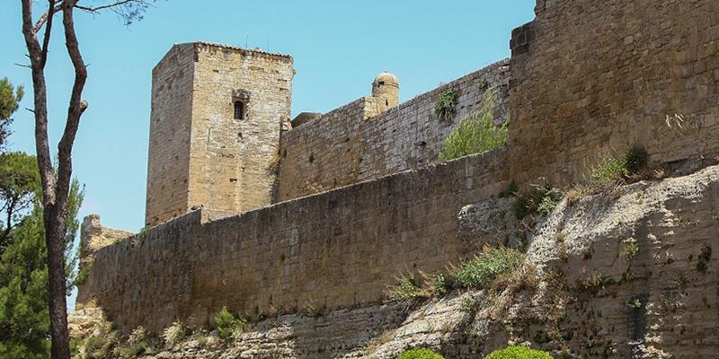 Il Castello di Lombardia e la Torre di Federico