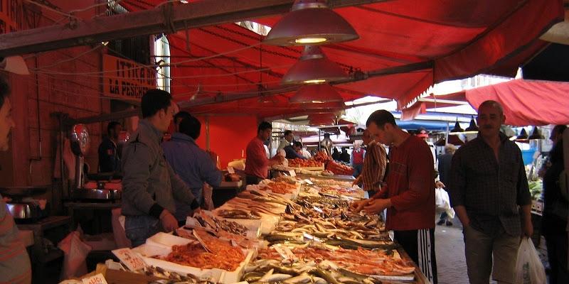 Il mercato di Ortigia, isola di  Siracusa