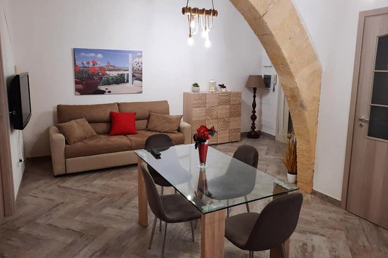 Ilassia House Rif. 103
